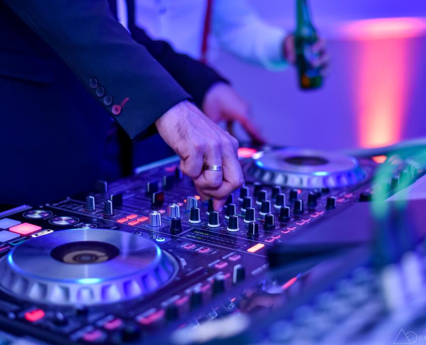 Kónya Attila | Esküvő DJ